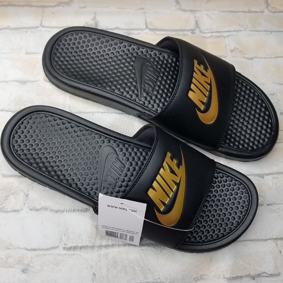 58c74f0496f6 Nike Benassi JDI Men s Slides Sz 11